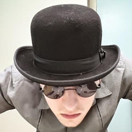 Bigger hat 500x500