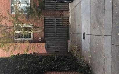 24/7 Georgetown Outdoor Parking