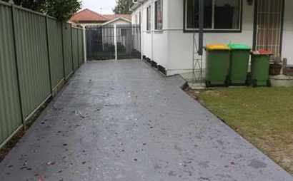 Ample Driveway Space
