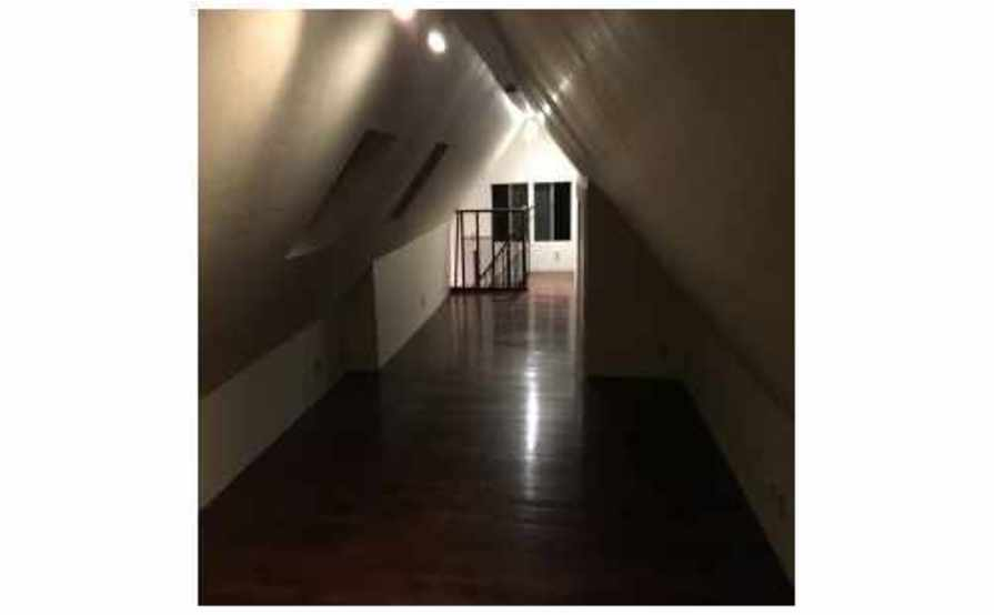 10' x 8' indoor space in a finished attic