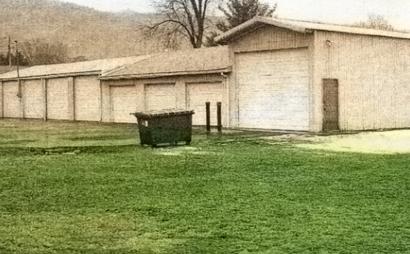 Bloomsburg storage unit perfect for contractors
