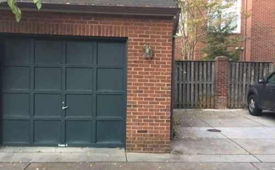 24/7 Georgetown Garage Parking