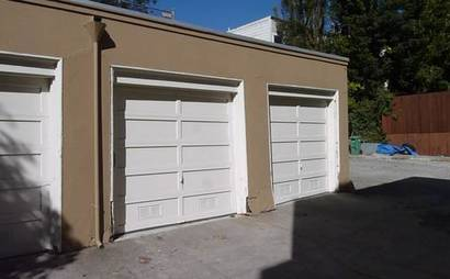 Garage in Hayes Valley w/ remote opener! Priced affordably
