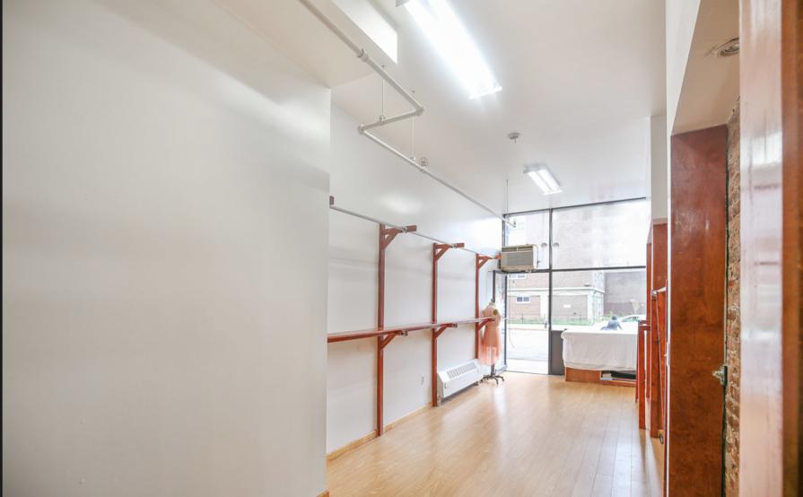 Pop-shop / Showroom