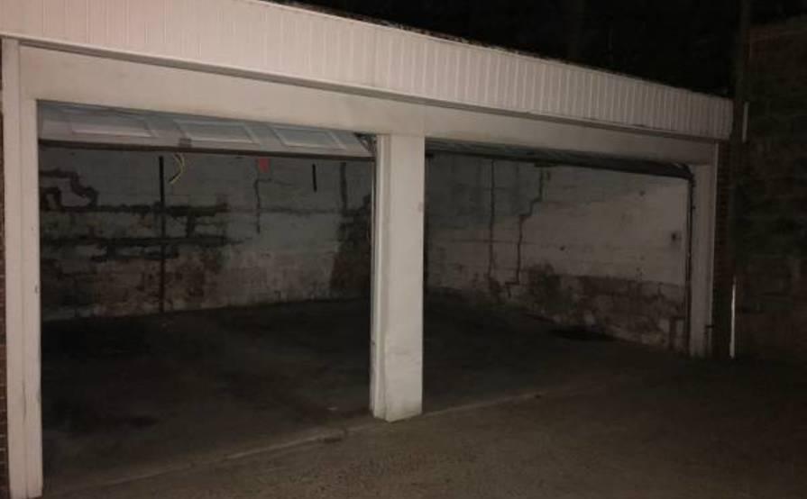 Storage garage on 36th Ave
