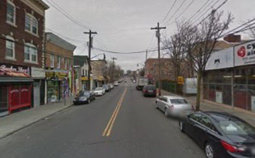 X-LARGE 2 CAR GARAGE FOR RENT (Staten Island)