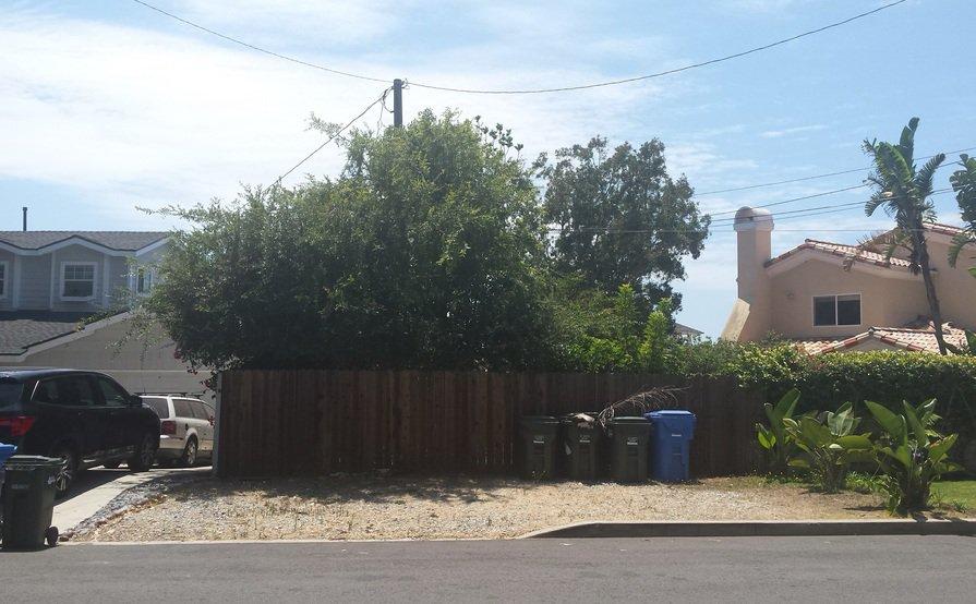 Large Open-Air Parking Space - quiet neighborhood
