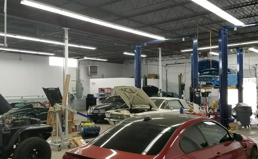Car storage in well maintained facility