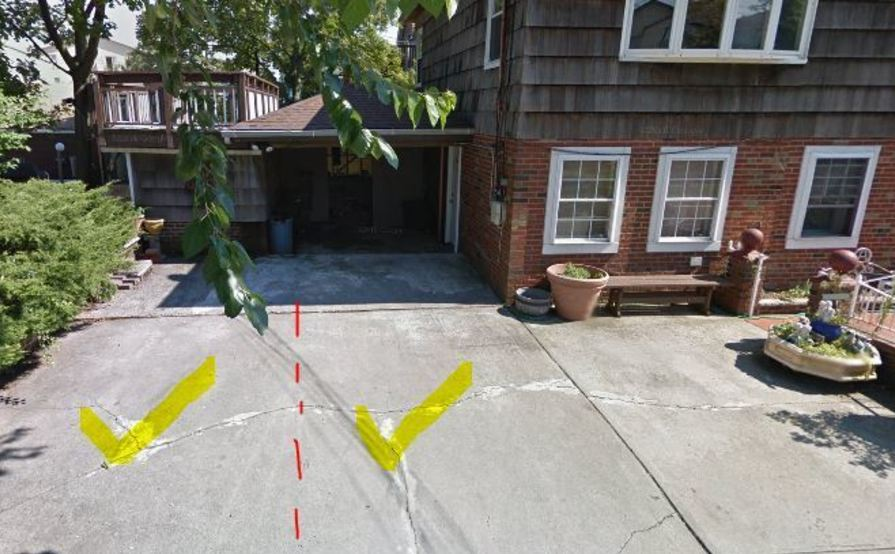 Safe Driveway Parking Space in Pennyfield Ave (Medium SUVs/Sedans/Compacts)