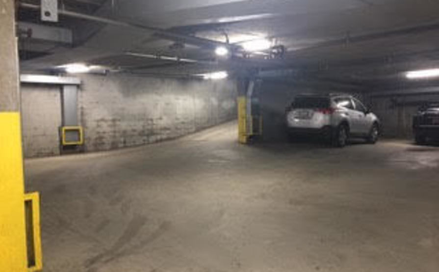 Secured Parking Space in Sta Monica