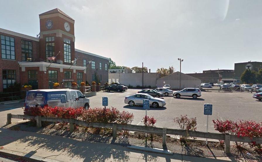 #3 Great parking spot in South Boston - Broadway Station