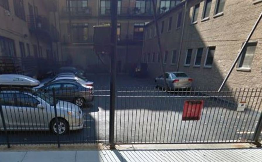 Secured Parking Space in Wicker Park / Bucktown