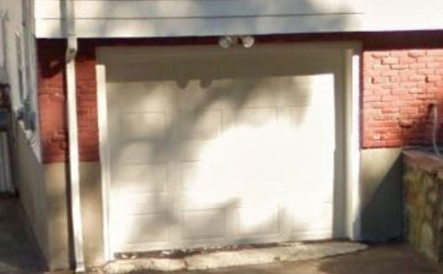 Secured garage in Melrose