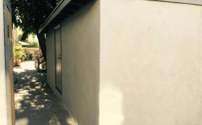 Large storage shed in North Hollywood