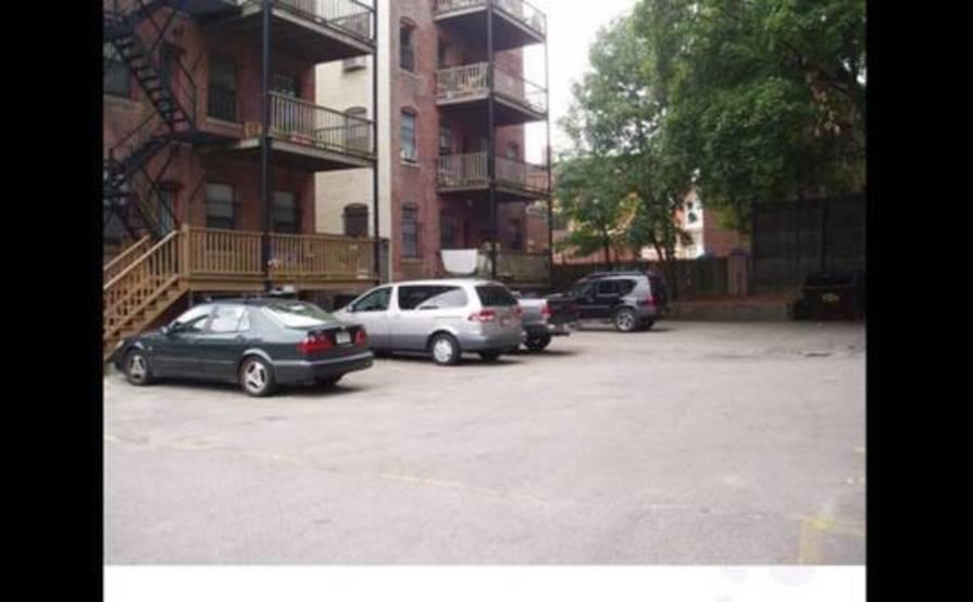 Safe parking space in Brookline