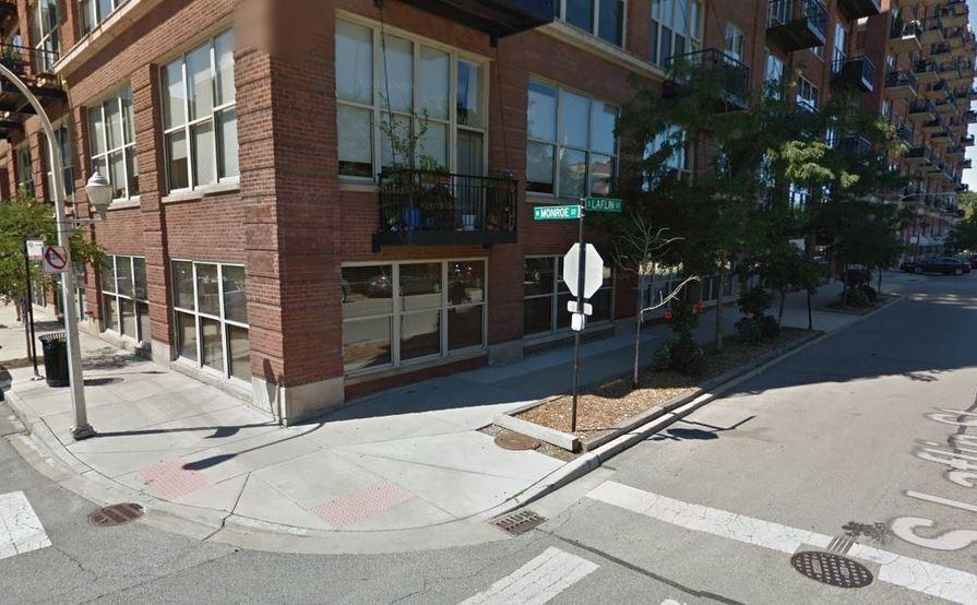 Great parking spot in West Loop