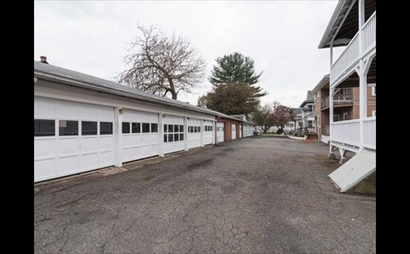 5 car Garage- Close to Malden Center!