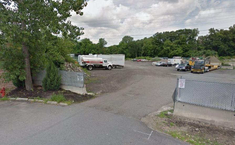 #1 Commercial Outdoor Yard space in Burlington