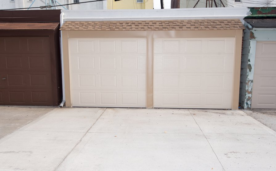 Garage / indoor + storage, remote control, - Astoria (46th street)