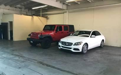 Outdoor, Easy Access Parking and Storage at Lax airport for SUV's