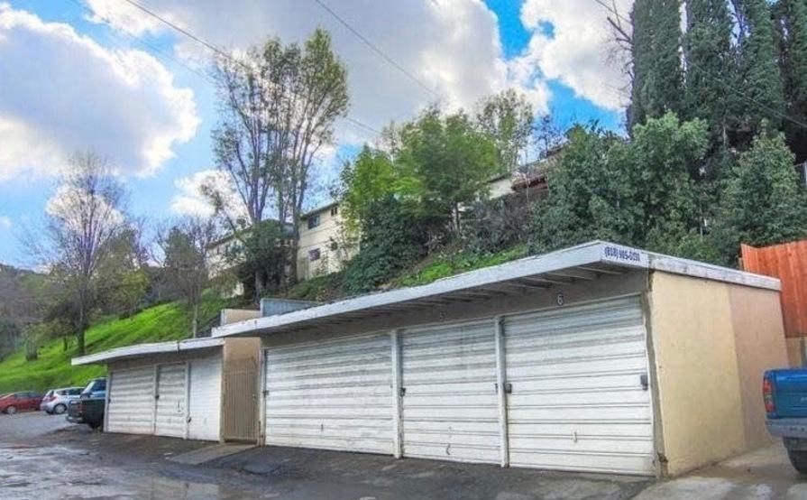 2 Car Garage For Rent   Studio City, South Of Ventura